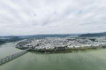 白塔看古城,天气好值得一看。