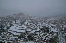大山的雪景,真的美极了,有点小冷!
