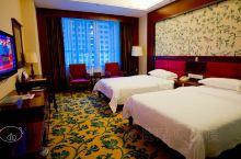 """【交通】德保县城有""""矮马之乡""""之称,红山国际大酒店是百色十佳酒店之一,酒店的地理位置在县城中心,毗邻"""