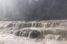 10月拍摄的黄河壶口瀑布