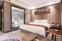 安利一个酒店,河源鼎翔商务酒店。入住体验感超级好。性价比很高,经济型价格,高档型体验。  河源鼎翔商