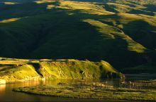 四川甘孜州的甘孜县,我心目中这区域也是世界上最美的地方之一,可惜就是设施太落后,住宿条件奇差无比,当