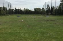 本拿比公园的高尔夫球场,天气凉爽,环境优美