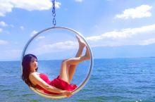 """🌈打卡大理洱海网红拍摄地~玻璃球,白桌子  🌈面向苍山洱海,无边湖景,肆意阳光。双廊完美的阐释了""""面"""