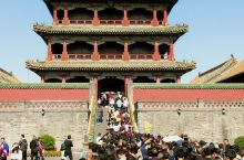沈阳故宫位于辽宁省沈阳市中心,是中国仅存的两大宫殿建筑群之一,又称盛京皇宫,为清朝初期的皇宫。沈阳故