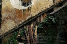 【家乡·风景】乡村故事:褪去荣光成废墟! 我孩提时代生活在碧痕街上,系当时区政府所在地。那时的供销社