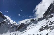 云南丽江 南方人第一次看到雪 很是兴奋了 不需要滤镜都景色超美的玉龙雪山 很有意义的一次旅行