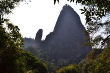 丹霞山随手拍系列5-阳元山与阴元石 阳元山和阴元石是丹霞山最为奇特的自然景观,阳元山形成于30万年前