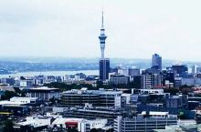 去新西兰千万别忘了去这里…  图1图2图3:伊甸山上的风光(是一死火山的火山口。山顶设有瞭望台,视野