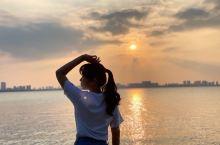 苏州 | 独墅湖边的日落拍照圣地  打卡圣地,婚纱照圣地,拍照效果棒棒哒 沿着教堂一路走到湖边,跟着