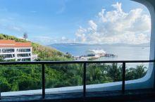 蜈支洲岛  我们是先买的899套餐含往返船票门票和双早,感觉入住体验太棒了,又在携程买了一晚。以前来