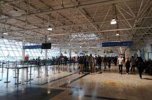 非洲最大的航空中转站-亚的斯亚贝巴博莱机场,到处可见熟悉的国人面孔,这几年变化很大,在二层竟然有一个