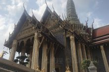 大皇宫 玉佛寺  庚子年大年初一 泰国曼谷大皇宫玉佛寺 建筑很美 人很多而且非常热