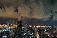 马尼拉的夜空也是一样的醉美夜景彩云!