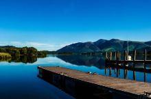 漫步在群山环抱的德文特湖畔  德文特湖的基本信息 交通:坐火车到Windermere 或者 Penr