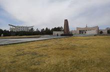 王震将军率师开发北大荒纪念碑,纪念五十多年前开发建设北大荒的壮举,让亘古荒原成天下粮仓!