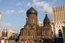 哈尔滨风情           去哈尔滨,赶上哈尔滨之夏音乐节,公园里,街巷中,临街楼房的阳台上,随