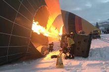 格雷梅是世界上性价比最高的热气球体验地之一。一方面价格实惠,大概500~1000元,另一方面地形奇特