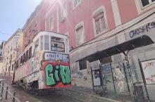 叮叮车葡萄牙里斯本的时空穿梭机 亮点特色:想念葡萄牙,想念里斯本,这其中很多原因,是因为那些叮叮车。