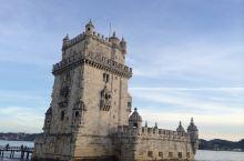 一提到里斯本,大家会联想到葡萄牙首都,航海,升降小火车,足球还有最美味正宗的蛋挞! 美丽的景色,可口