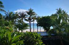 沙滩有很多,但是长达7公里的白沙滩可不多见。长滩岛的白沙滩也因此远近闻名。岛上的天气非常好,虽然阳光