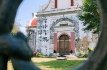 狼谷教堂,也新也旧 科伦坡最古老的一座荷兰教堂,慕名而来,却没有开门,门口写着每周日会举行弥撒,不确