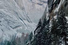 行走的魅力在于发现和见证,在可可托海我发现了冰雪世界的美丽,