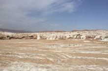 """盐的故乡,于塔克拉玛干沙漠西北边缘,塔里木河上游,因水得名,维吾尔语意为""""白水城"""",意为""""清澈的水"""""""