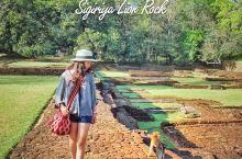 【斯里兰卡】狮子岩|天上的宫殿  狮子岩——一座建立在巨岩上的宫殿。斯里兰卡的文化的瑰宝,世界文化遗