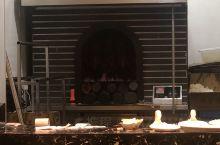 海城烤鸭店的烤鸭外焦里嫩