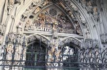 大教堂门,半天堂半地狱