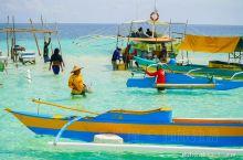 我在网上看说现在有两个处女岛。真处女岛是有月牙型长拖尾白沙滩的。假的处女岛只是水中的一块浅谈,被海水