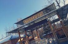 #雪景#吉林魔界风景区路上不算好走, 在去长白山的路上经过 路上积雪比较大,滑,好多人选择气垫船 顺