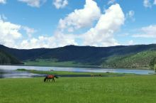心中的香格里拉         属都湖,普达措国家公园,香格里拉。蓝蓝的天、白白的云、清清的湖水、绿