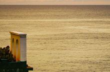 老照片:涠洲岛  石螺口海滩   滴水丹屏   北海涠洲岛270°夕阳海景城堡    第二日岛上日程