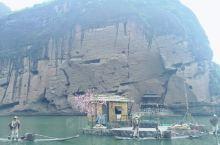龙虎山是世界自然遗产,世界地质公园、国家自然文化双遗产地、国家5A级旅游景区、全国重点文物保护单位。