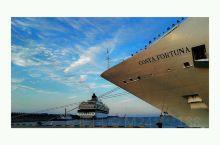 邮轮不是交通工具 邮轮就是旅游目的地! 去过皇家加勒比海洋航行者号、水手号和量子号 也坐过天海邮轮