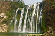 2018春游之黄果树瀑布。 黄果树瀑布,位于中国贵州省安顺市镇宁布依族苗族自治县,为黄果树瀑布群中规