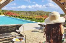 斐济洲际高尔夫度假村 这个是第一次去斐济,选的是主岛的洲际高尔夫度假村和一个需要坐直升机的小岛tok