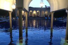 目前为止住过最神奇,最特别的酒店!  所谓的异国风情,就是感觉所有的东西都很新奇,让你感觉再累也来得