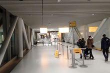 荷兰史基浦机场出关