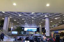 第一天阿塞拜疆~巴库。乌鲁木齐冻雾,航班取消,还好强大的旅行社改签直飞,顺利到达阿塞拜疆的首都巴库巴