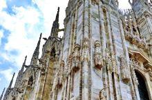 意大利最大的教堂,圣钉的所在地。位于意大利伦巴底大区米兰市中心的大教堂广场,是天主教米兰总教区的主教