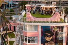 澳大利亚网红酒店蓝色海洋边的粉色小楼 墨客旅行带你打卡澳新地区网红酒店~ 在澳大利亚,除了粉湖还有哪