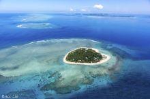爱的见证,从上空俯瞰斐济形岛 特色推荐: 醉美斐济色彩海,从上帝视角打开,这里的海集合了马代的沙质岛