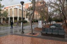 雨中学校超级美