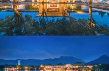 酒店推荐|富春山居,走进一片世外桃源 大堂:传统的中式设计,堂堂正正四四方方,配上暖黄色的灯光,十分