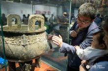 一早上带着小朋友去博物馆学习知识,从石器时代一直到周秦汉唐。当地达人刘老师真的是非常棒,不用预约不用