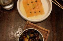 巴拿马的Makoto餐馆人气很旺! 每道菜品都美味!巴拿马的甜点很好吃,在这家店也尝试了2款, 据说