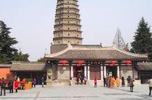 扶风法门寺塔:座落于陕西省扶风县法门镇公园路的法门寺景区内。据考证,法门寺塔建于北魏时期约公元499